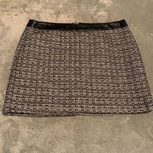 Black and white mini Skirt ✨